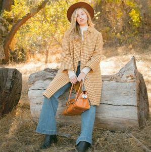 ZARA Knit:  Cream, Cropped Sweater